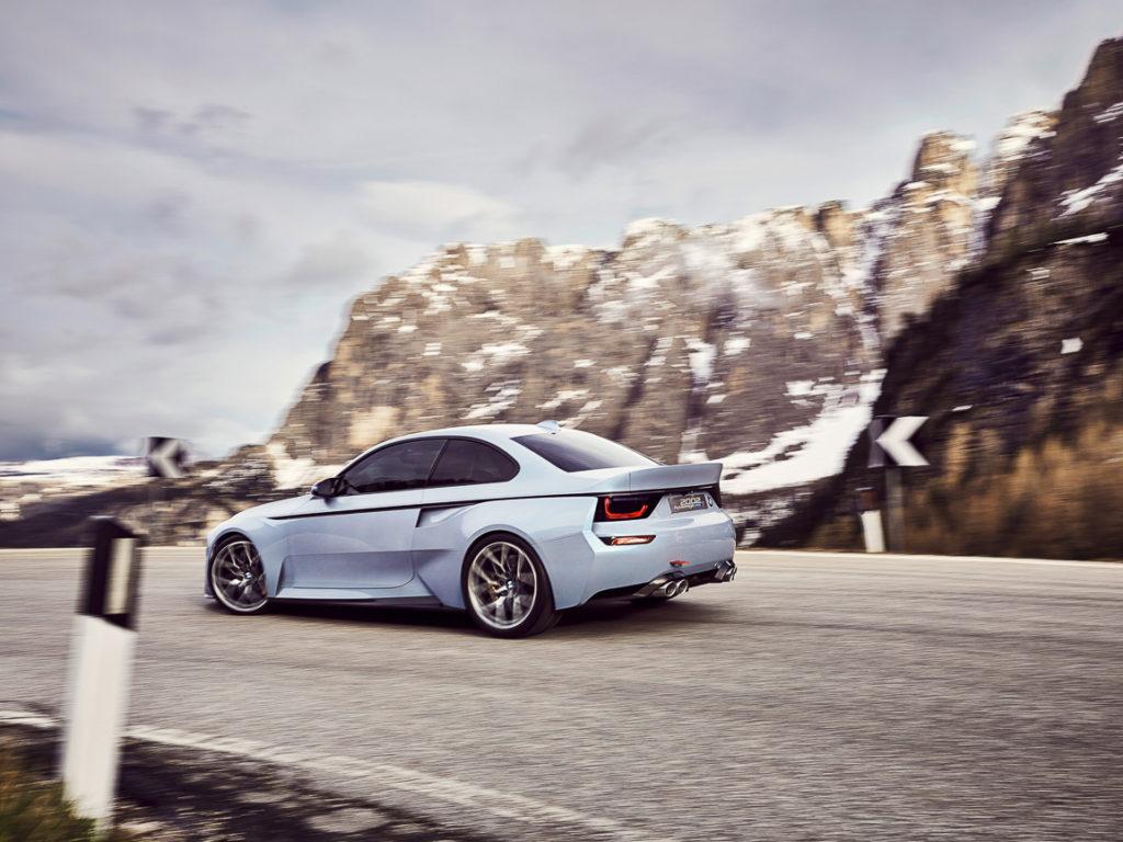 BMW-2002-Hommage-06
